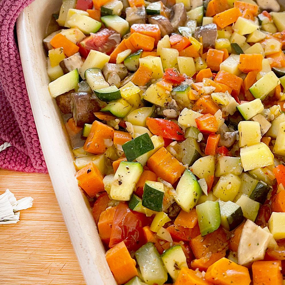 Ofengemüse mit Kartoffeln für einen Basenfasten Tag